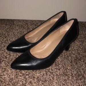 Naturalizer Black Kitten Heels